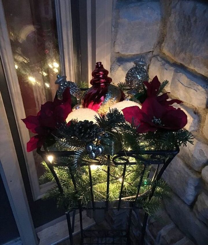 how to make a christmas ornament display basket from a planter