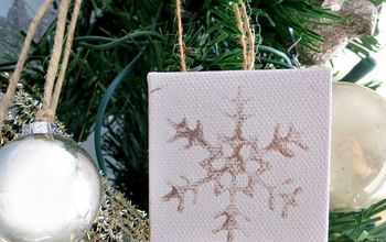 making the simplest mini canvas snowflake ornament