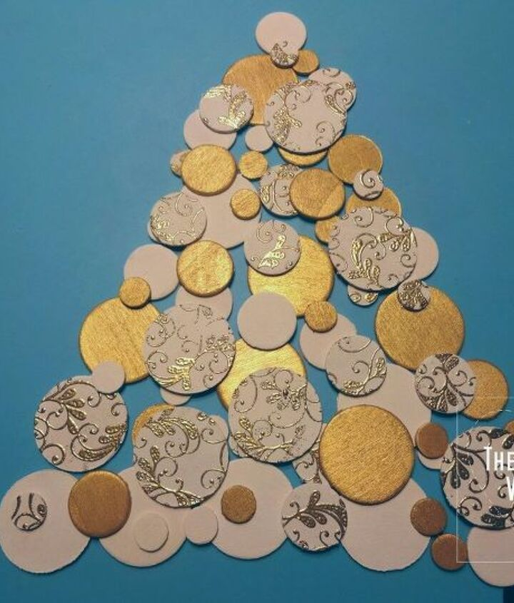 wooden chips christmas tree