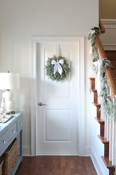 How To Hang All Types Of Christmas Decor Hometalk