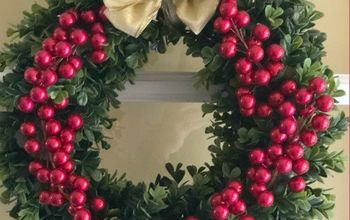 Fast and Easy Boxwood Christmas Wreath - 15 Minute Project