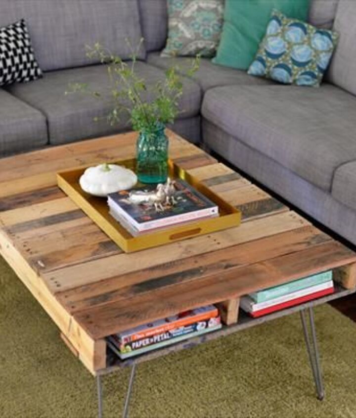 Pallet Coffee Table DIY (99 Pallets)