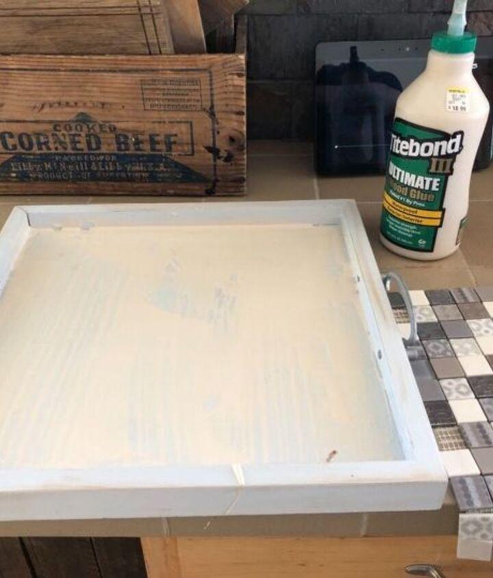 Thin layer of glue