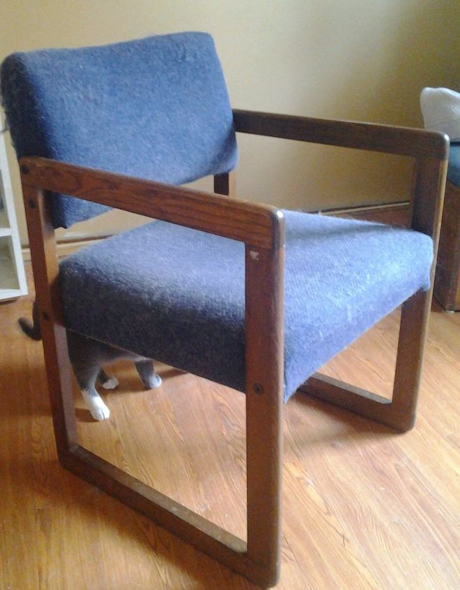 q how do i assemble this chair