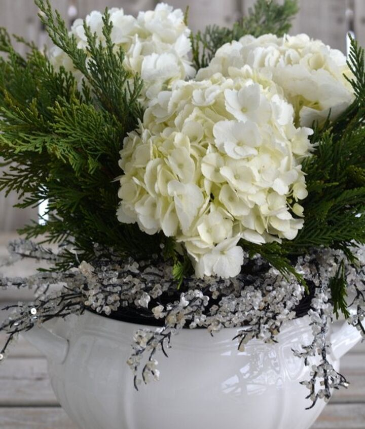 create a white christmas or frosty winter flower arrangement