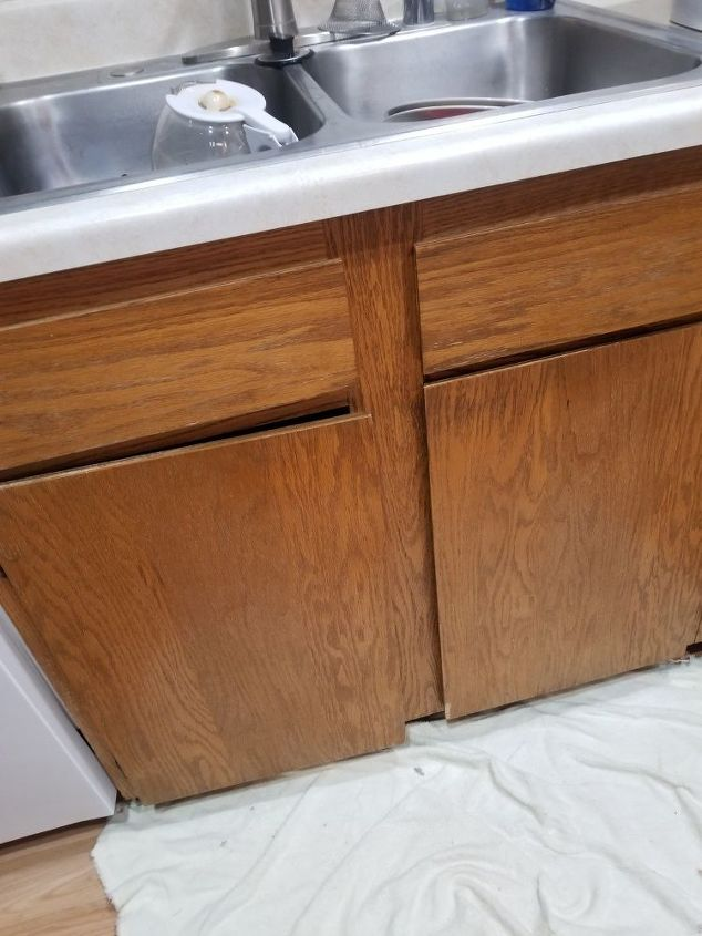 q how do i update kitchen cabinets