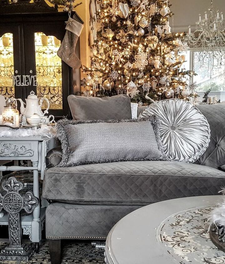 s it s beginning to look a lot like christmas, A Shimmering Winter Wonderland Home Tour