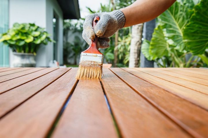 How to Stain Wood (Shutterstock)