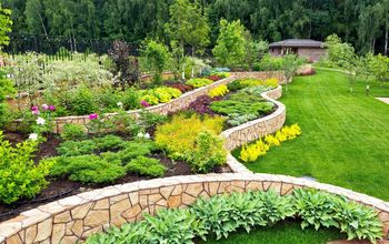 13 Easy DIY Backyard Landscaping Ideas