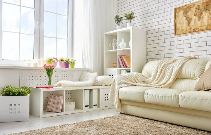 living room decor ideas (Shutterstock)