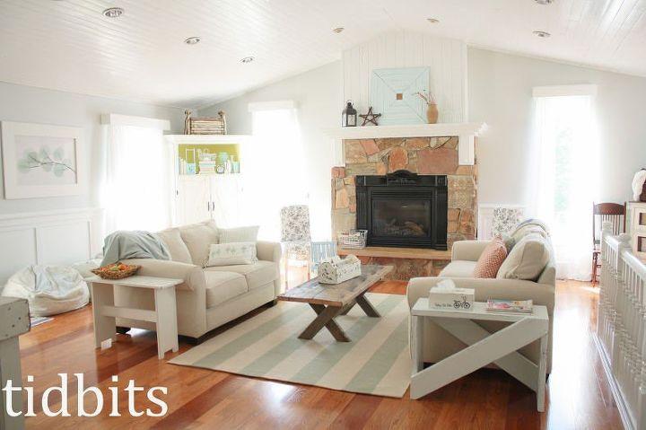 DIY living room decor (Cami Graham )