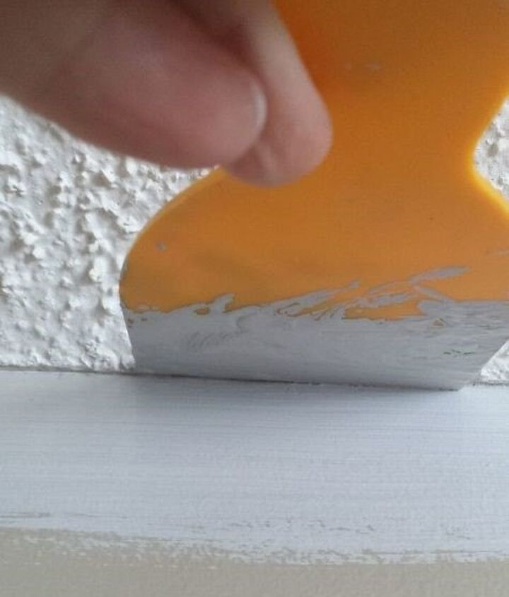 How to Paint Popcorn Ceiling (Twice Loved Creati)