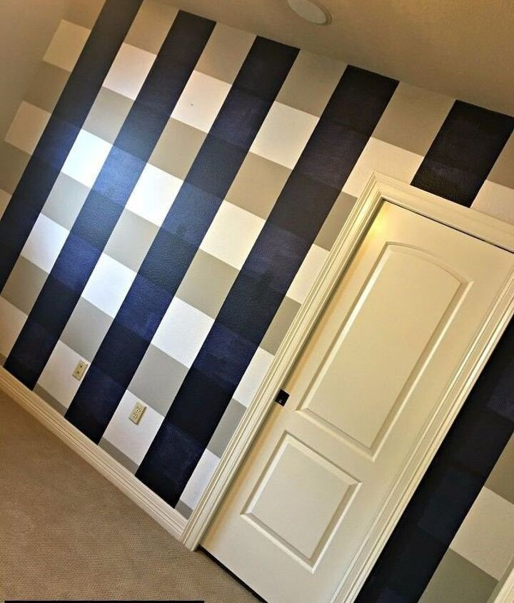 Painting Accent Walls (Tracey Bellion)