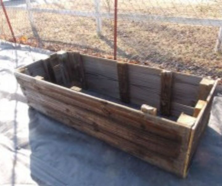 how to build raised garden beds from used privacy fence