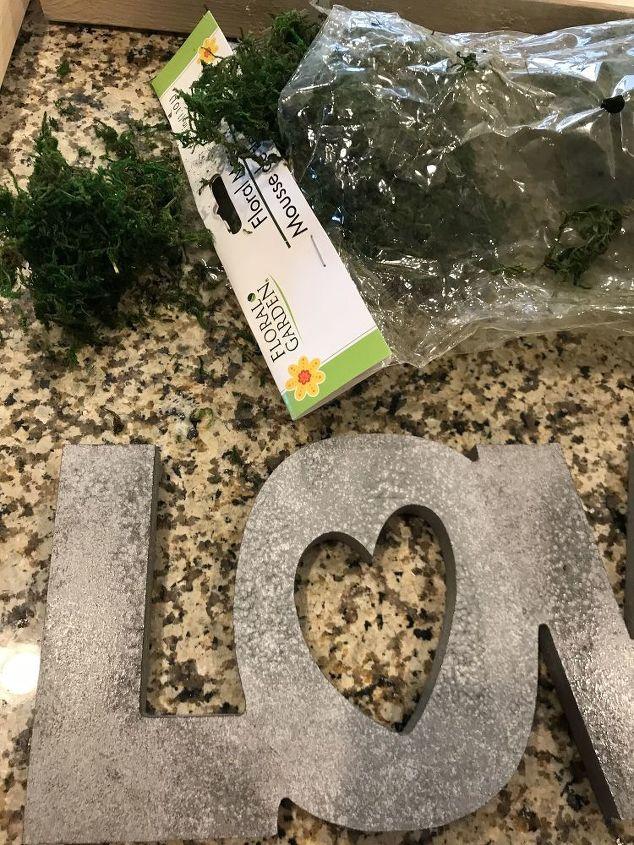 farmhouse love sign