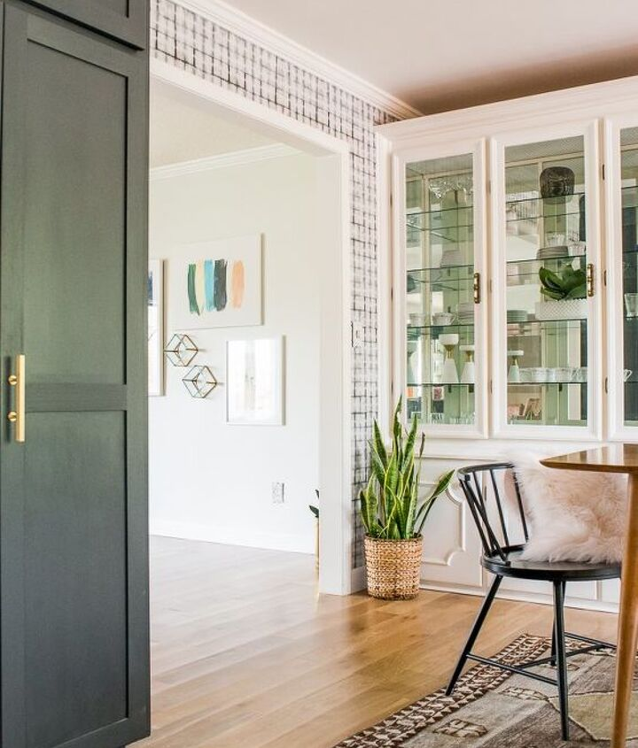 s 30 more popular ways to transform a room for 2019, Eclectic Mid Century Dining Room