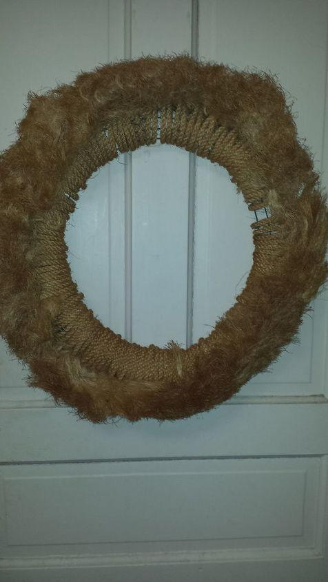 q how do i clean a wreath
