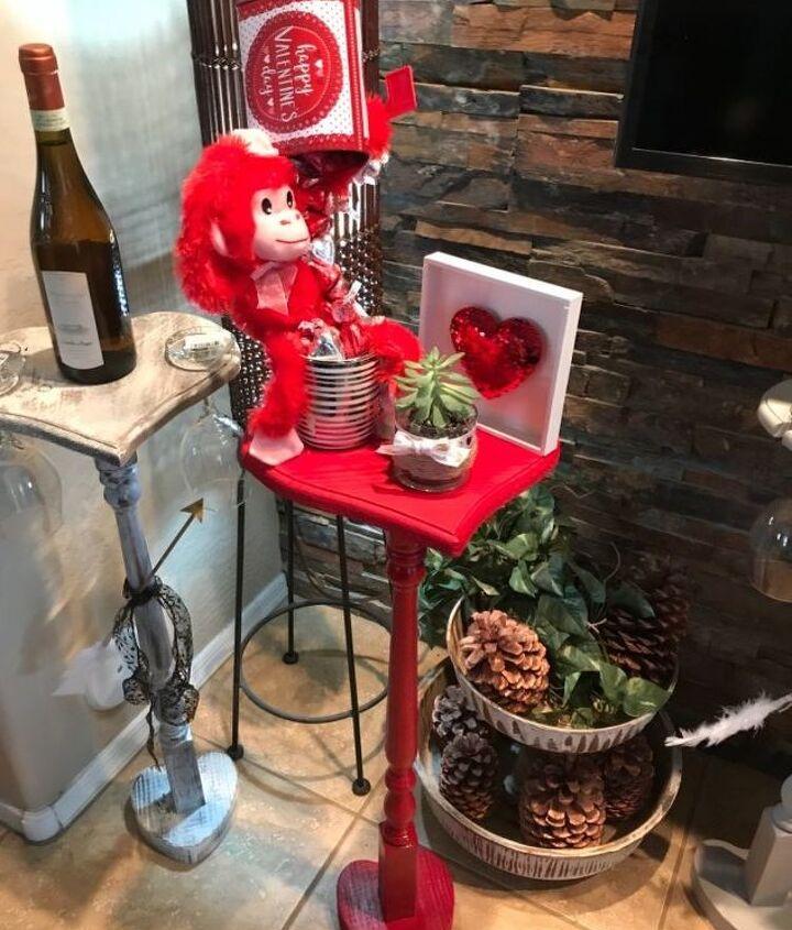 heart shape wine table