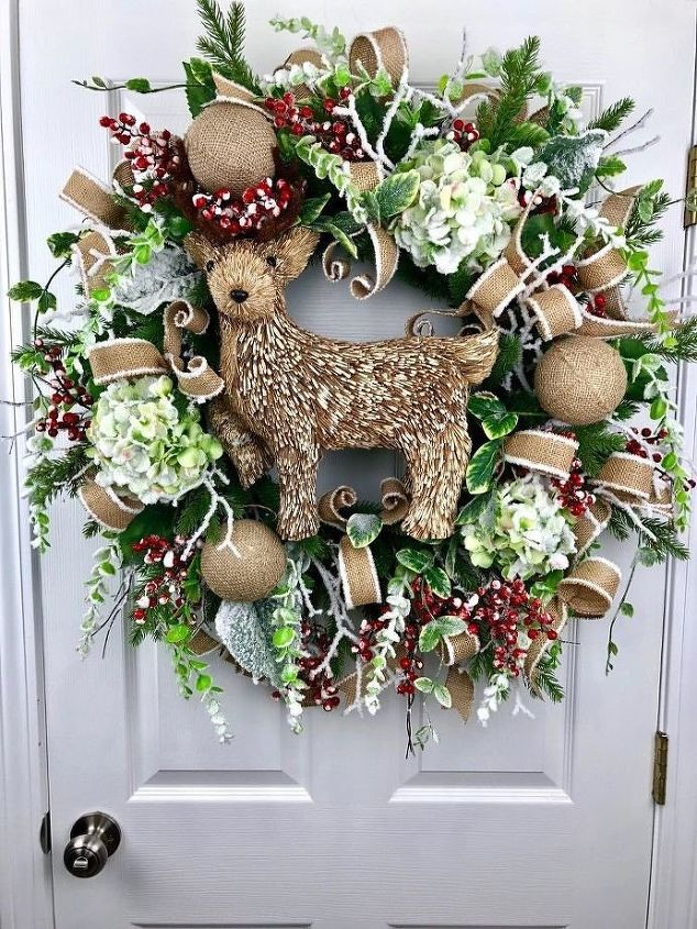 Christmas Door Wreaths (Nick Kreticos)
