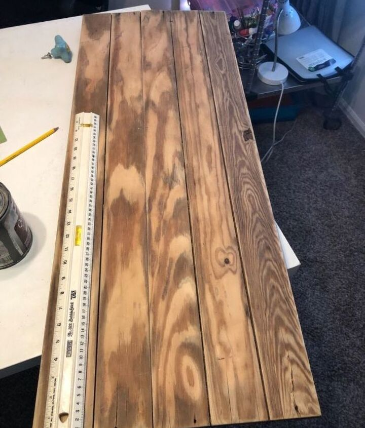 Younger and groove planks