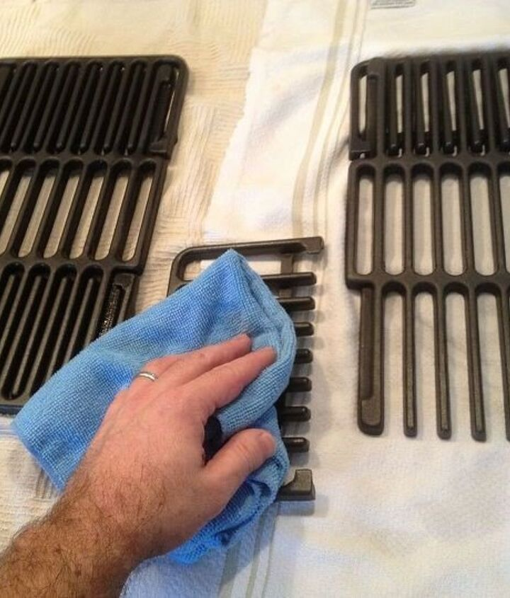 How to Clean Cast Iron Grill (Home Repair Tutor)