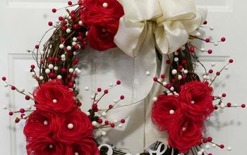 Loopy Burlap Flower Valentine's Wreath