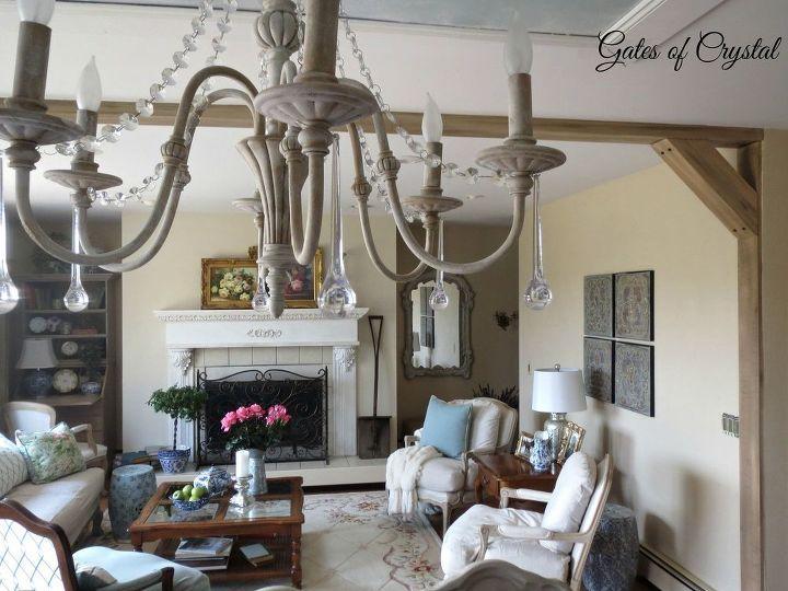 Dining Room Decor (Lynda @ Gates of Crystal)