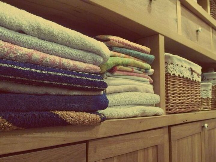 11 Ways to Add Decor to Your Laundry Room