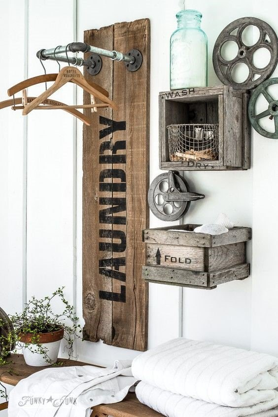 Farmhouse Laundry Room Decor (Funky Junk Interiors - Donna)