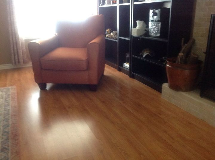q how i can paint a laminate wood look floor