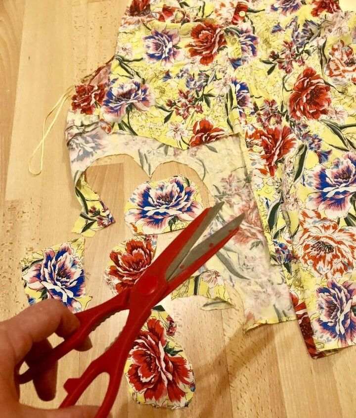 Cut flowers from blouse