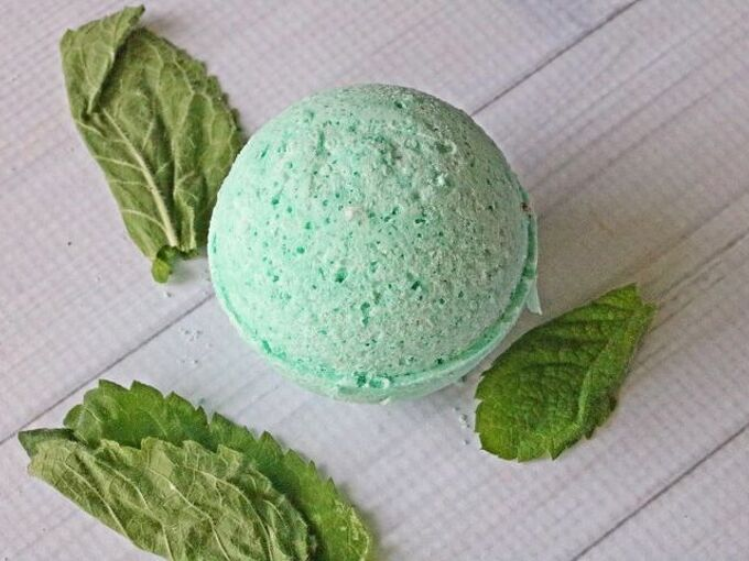 headache bath bombs with soothing essential oils