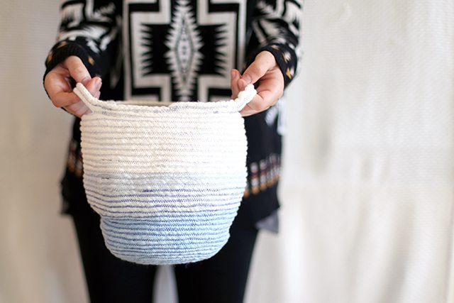 how to ombre dye rope for a stitched rope basket