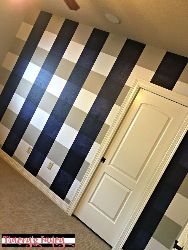 Painting Accent Walls (Tracy Bellion)