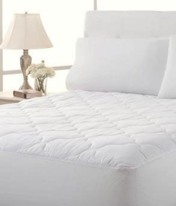 How to Clean a Mattress (Jaym Lannis)