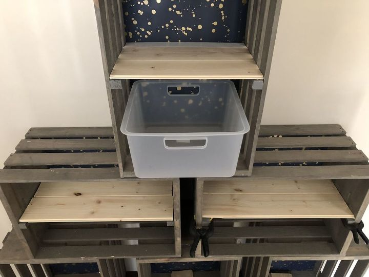 pyramid crate organizer