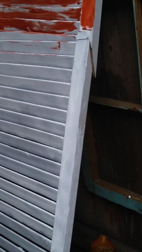 q how do i fix this wood shutter