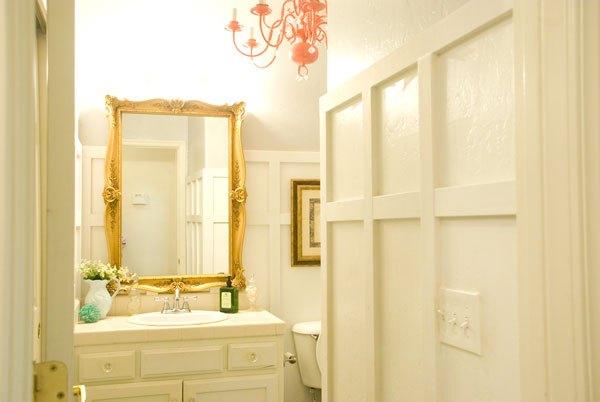 Small Bathroom Decorating Ideas (Teryn Yancey)