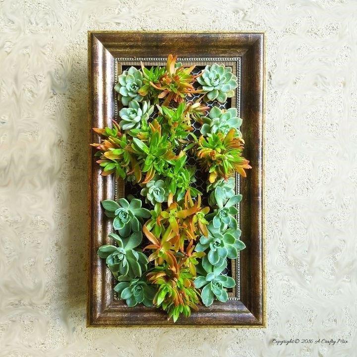 Vertical Succulent Garden (A Crafty Mix - Michelle)