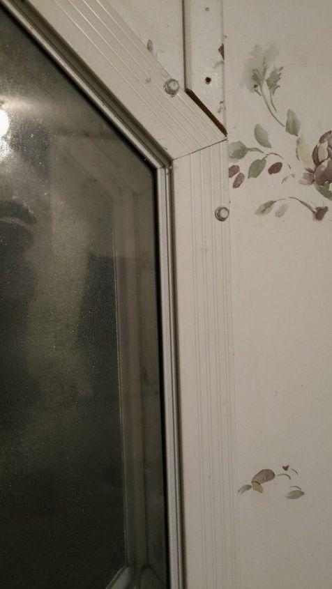 q manufactured home repairing octagon window trim