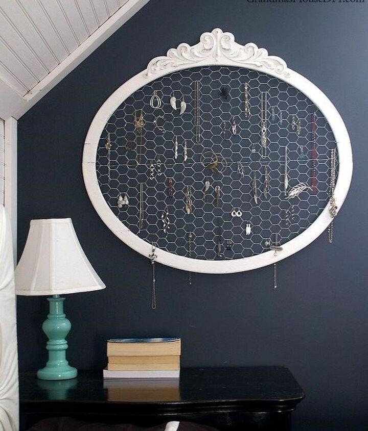 Wall Art Ideas for Bedroom (GrandmasHouseDIY)