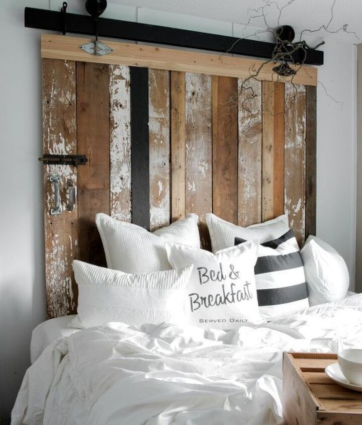 How to Make a Wood Headboard (Funky Junk Interiors - Donna)