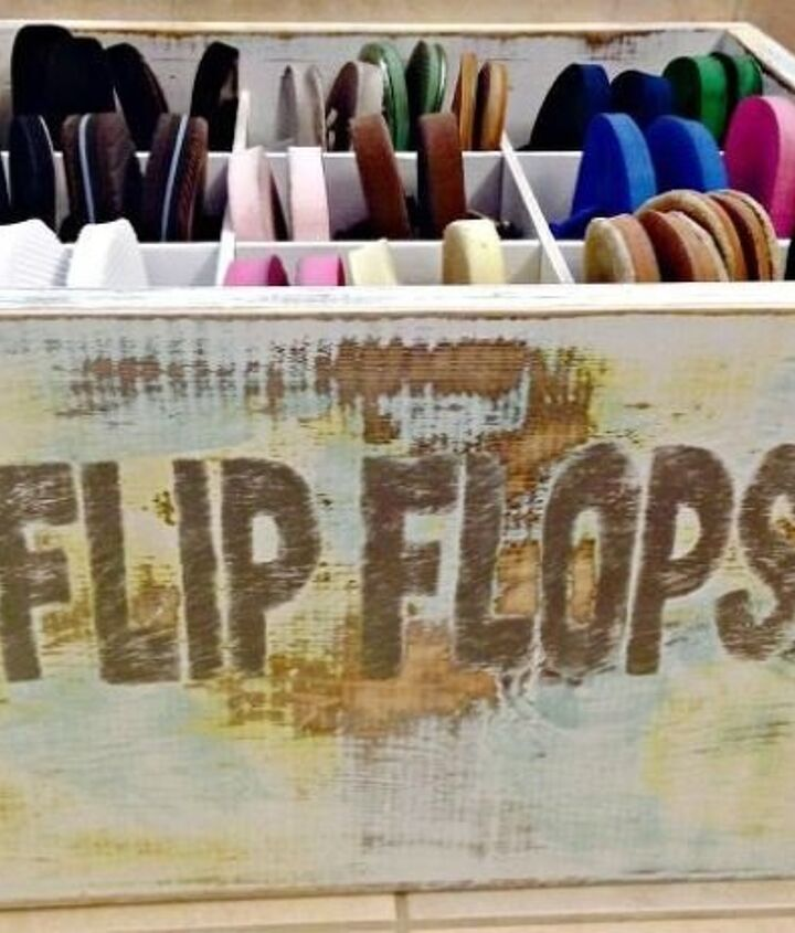Flip Flop Organizer (Tiffany from Dream Design DIY)