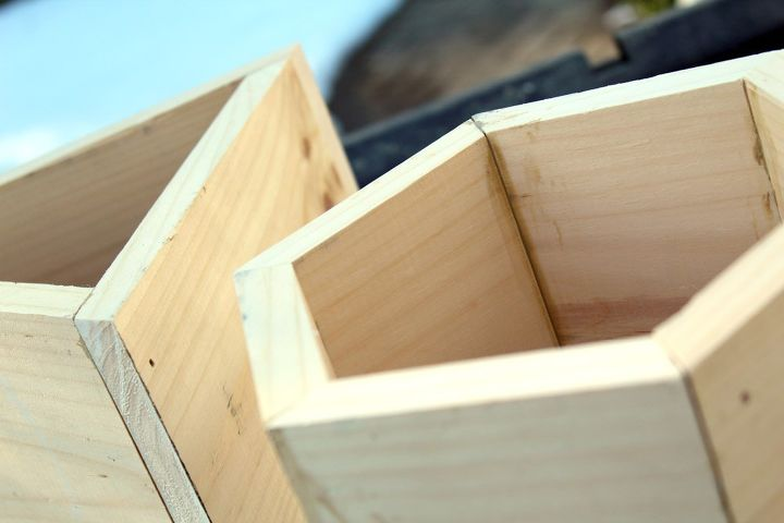 how to build geometric diy planter boxes