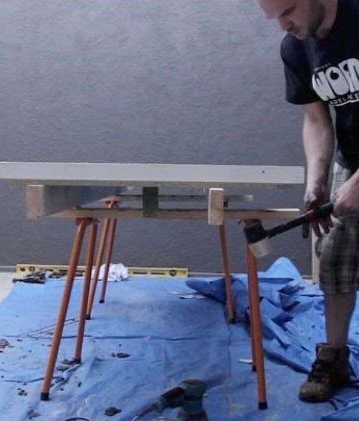 Remove Air Bubbles from Concrete (Robin Lewis)