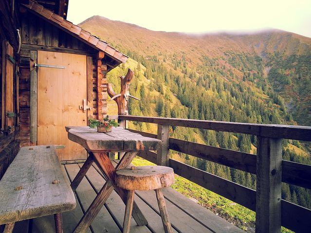 13 ideas creativas de barandillas para terrazas para divertirse al aire libre, Barandilla de cubierta pixabay