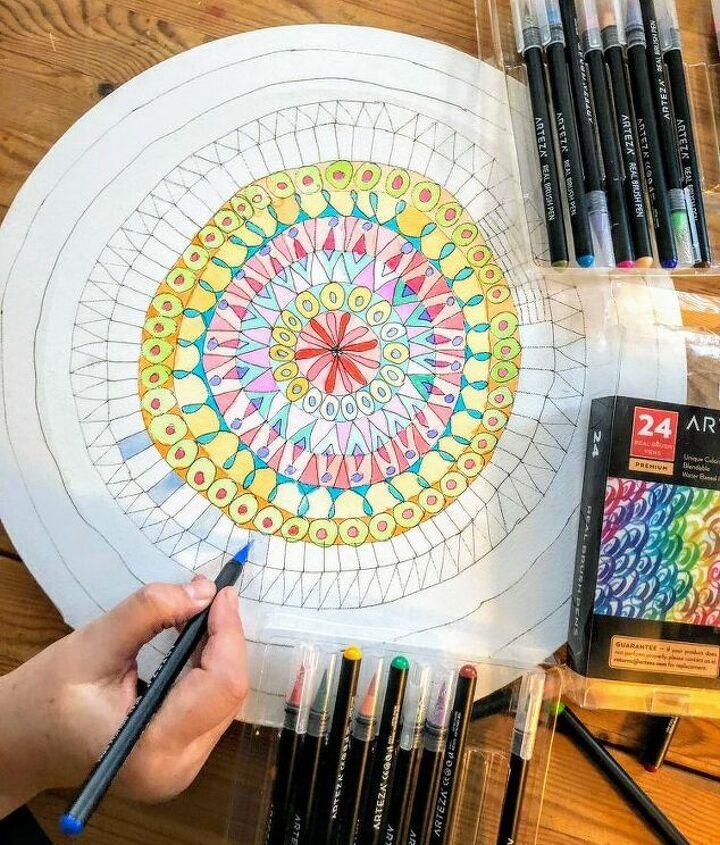 Using Arteza water colour brush pens