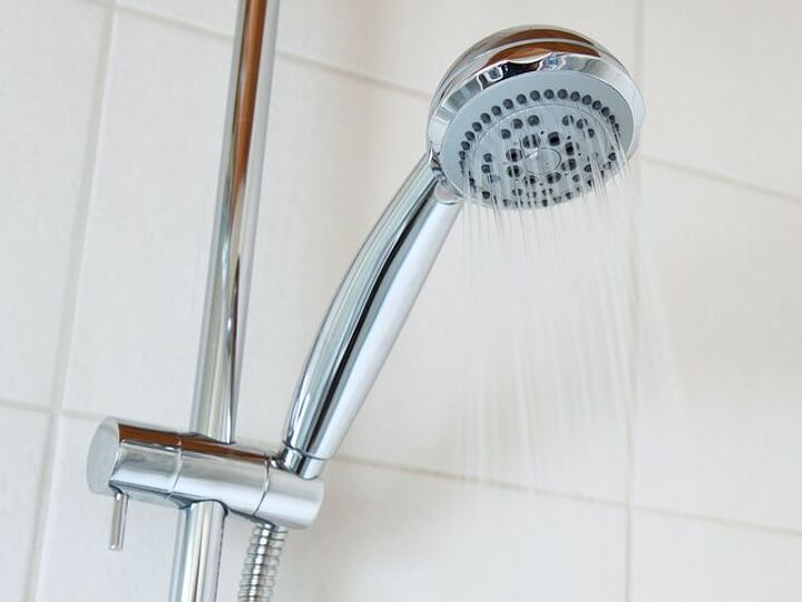 How to Clean and Shower Head and When It's Time to Buy a New One