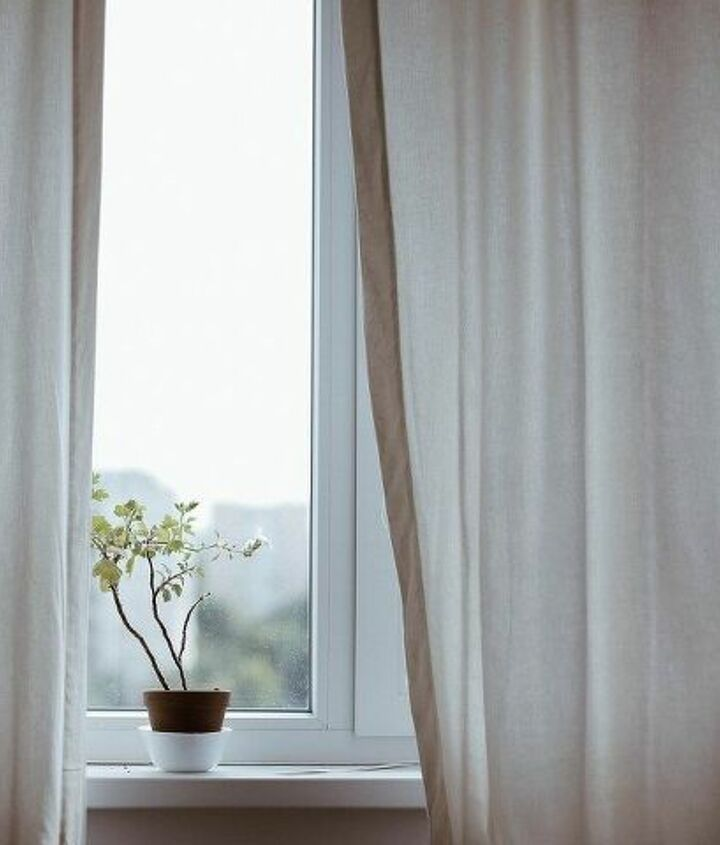 Window Treatments (pixabay)