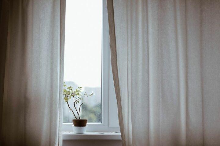 Window Treatments (pixabay)